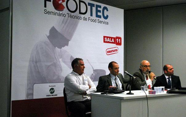 Luiz Henrique Freire (Klimaquip), Milton Machado (Prática Fornos), João Perez (presidente do SINDAL) Roberto Soares (Berta Cozinhas)